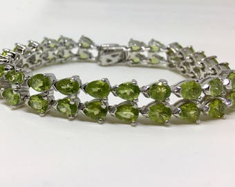 925 Silver Natural Peridot Bracelet, Appraised 2,715 CAD