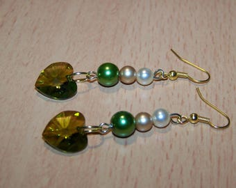 golden earrings swarovski olivine pearls heart