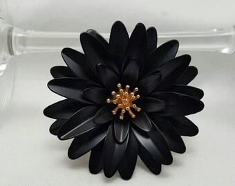 TRIFARI Black Flower Pin (reserved)