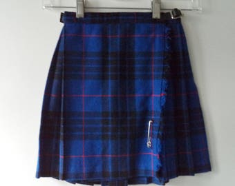 O'Neil of Dublin girls pleated plaid skirt// 80s vintage wool pinned mini blue Ireland holiday kilt// Girls size 4-5