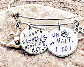 Cat mom, Bracelet for her, Mom birthday gift, Mom gifts for Christmas, Presents for mom, pet lover gift, Pet lovers jewelry, Free shipping