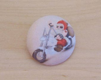 1 button x 38mm ref A33 biker Santa fabric