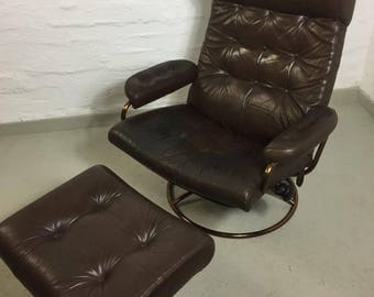 Ekornes mid century arm lounging chair with Ottoman (copper edition)