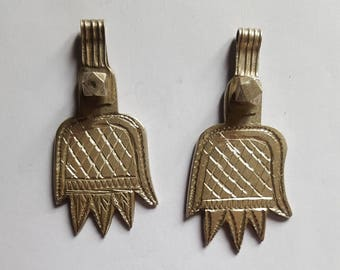 Morocco – lot of 2 old silver hands of Fatima for necklace