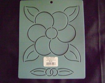 Traditional Quilting Stencil 6 in. Wedding Flower Motif Block/Quilting