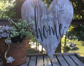 It's so good to be home,Pallet wood,Heart Wall Decor,Family quote,farmhouse sign,home sign,Family wood sign,shabby chic sign,pallet wood art