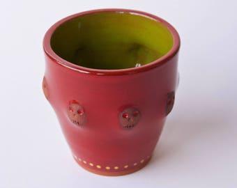 Red and Green, Skulls mug