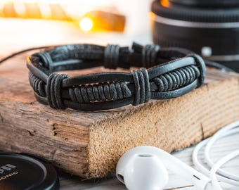 Black genuine leather and waxed cord bracelet, mens bracelet, black leather bracelet, waxed cord bracelet, casual bracelet