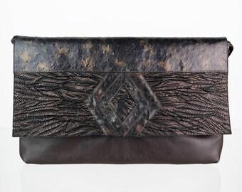 Extravagant real leather vintage shoulder bag