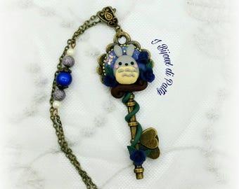 Collana con chiave Totoro e rose blu