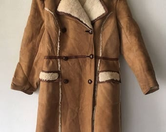 Amazing Long Retro Style Genuine Sheepskin Fur Coat With Big Warm Collar Woman Size Medium .