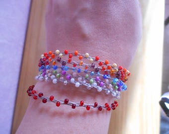 Bracelet trend colored seed beads