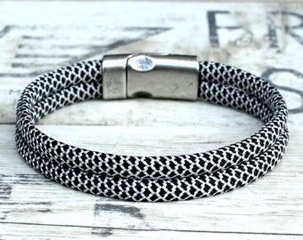 Survival paracord bracelet, braided bracelet, mens wrap bracelet, gray mens bracelet, unisex cord bracelet, women braided bracelet, men gift