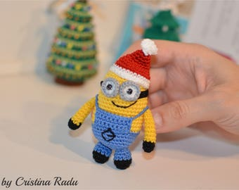 Santa minion two eyes, Xmas ornament, winter holiday decoration, miniature amigurumi minion, Christmas gift