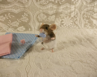 Felted Mouse, Felted Baby Mouse, Little Brown Mouse, Tiny Mice
