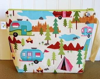 Knitting Project Bag, Yarn Tote, Knitting Bag, Santa Christmas Bag, Zippered Project Bag, Knitting Tote, Yarn Bowl, Crochet Project Bag