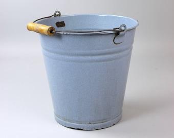 Large enamel bucket, blue bucket, cottage garden, Shabby Chic