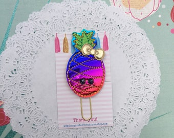 Planner clip - halographic rainbow pineapple