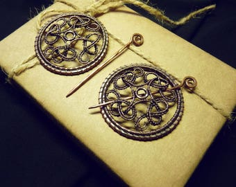 Handcrafted celtic brooches Wire wrapped brooch Celtic brooch Copper brooch Celtic style Celtic knot Medieval brooch Set of two brooches