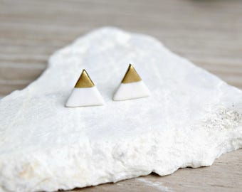 White Clay Triangle Studs with 18k Gold, Silver, or Copper, Hand painted, Polymer Clay Earrings, Triangle Earrings, Studs, SGCE02