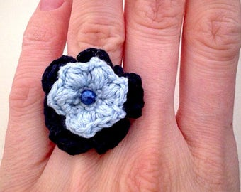 Double crochet flower ring with light blue and blue