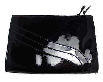 Vintage 1980s Black Patent Leather Clutch Purse