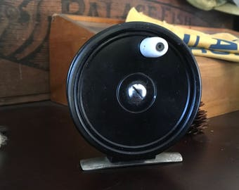 "Ocean City No. 35 Fly Reel Small 3"" Black w/ Ring Line Guide Nice!"