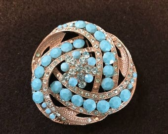 SALE Gorgeous Vintage Big Brooch with Light Blur Rhinestones