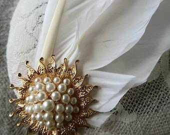 Vintage white feather and lace fascinator. Vintage fashion. Wedding accessories. Gold and faux Pearl embellishment. Gifts for her.