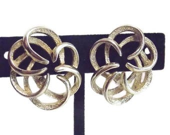 Gold Tone Tailored Swirl Sarah Coventry Clip on Earrings Sarah Coventry earrings Sarah Coventry jewelry