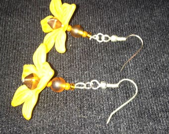 Topaz beads and opaque yellow lucite Flower Earrings