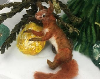 Needle felted red squriell
