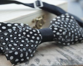 Guniea Feather Bow tie