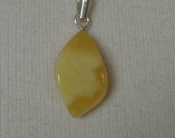 100% Natural BALTIC AMBER Pendant, Amber Pendant, Real Amber, Butterscotch Amber, Egg Yolk Amber, Royal Amber, 3.4 Gr