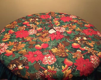 Beautiful Hand Made Quilted Fabric Pointsettia Chipmunk Birds Gingerbread Men Santa Double Sided Holiday Festive Tree Skirt