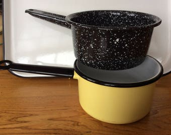 Choice enamel granite ware yellow or black with white speckles