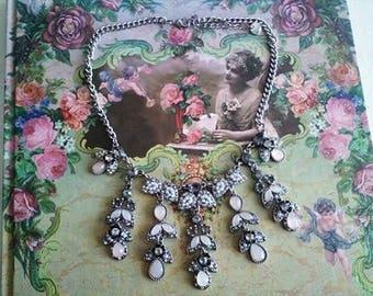 Lovely necklace - bib