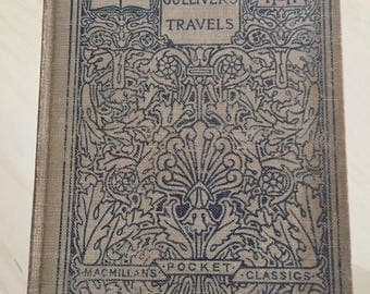 Antique Gulliver's Travels by Jonathan Swift Pocket Size (The Macmillan Compny,1907)