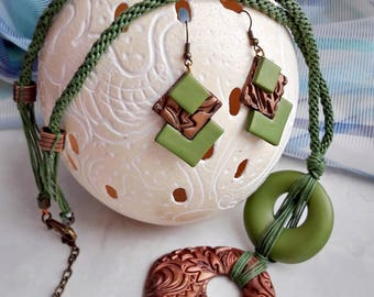 Boho necklaces, wife green jewelry, long pendant necklaces for women, unusual gifts, gift for boho wife, long earrings for evening