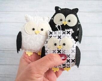 Owl Nursery decoration Black and white nursery Kids room decor Owl gift for baby mobile Modern nursery black Owl ornament Woodland mobile