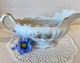 Beatiful vintage Royal Firenze Gravy boat
