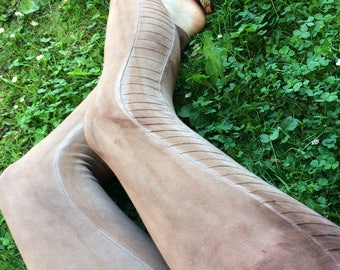 lunar linear leggings in earthy brown