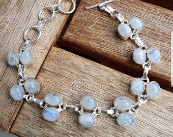 Action! Silver bracelet with Moon stones 15Fr. instead of 38Fr.