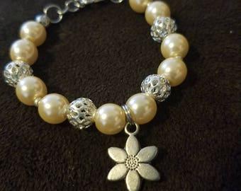 Girls pearl bracelet and earrings set