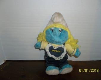 vintage 1983 peyo wallace berrie smurfette smurf plush wearing bib overalls