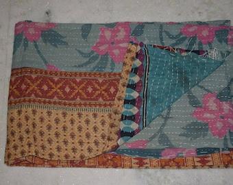 kantha quilt, vintage kantha quilt, indian quilt, kantha throw, coverlet, spring 206