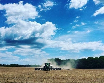 Spring planting photo, farming photo, farm photo, spring photo, spring planting photo, farm photography, soybean planting, John Deere