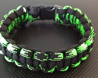 Paracord Bracelet / custom survival bracelet