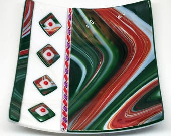 """Fused Glass Plate – 8"""" Square Green, White and Red"""