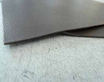 piece of leather 10 x 15 cm Brown taupe